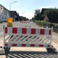 FK-Strassenbau Absperrung in Knetzgau